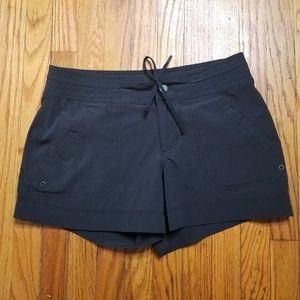 Athleta swimming trunks